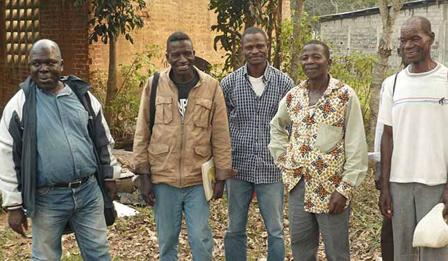 Futurs métayers de la ferme de Voka, œuvre marianiste au Congo