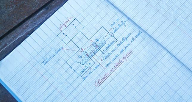 Cahier d'un élève de 3ème au collège de Voka, œuvre marianiste