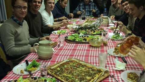 Etudiants de Paris : repas mensuel
