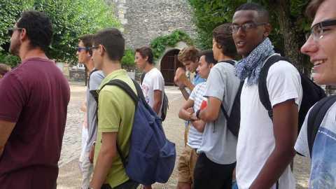 Les étudiants de Paris rencontrent la communauté