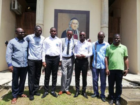 Premiers vœux de jeunes frères marianistes à Abidjan